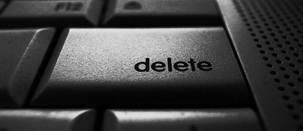 Should bloggers delete comments that disagree with them?